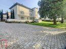 Neuville-sur-Saône  340 m²  Maison 11 pièces