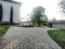 Maison bourgeoise rénovée 34O m2 plus dépendances. Environnement calme - Parcelle close et arborée proche comm