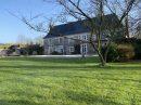 8 pièces   345 m² Maison
