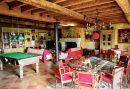 Maison 810 m² 15 pièces