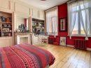 Maison  7 pièces  225 m²