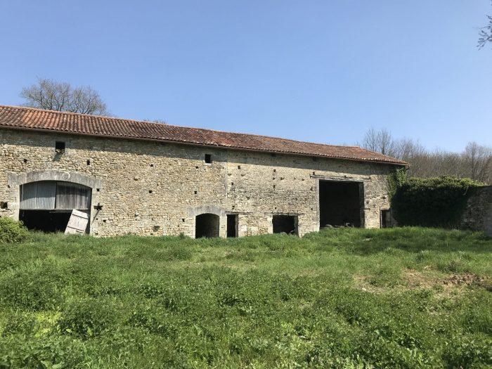 VenteMaison/VillaSAINT-SULPICE-DE-RUFFEC16460CharenteFRANCE