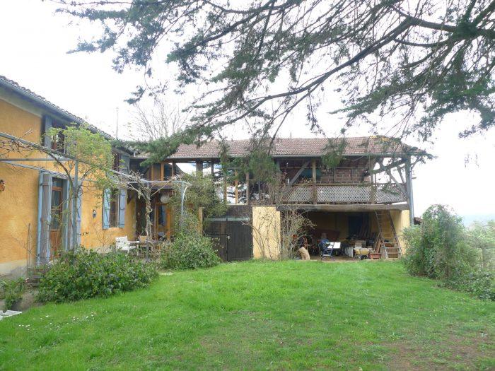 Ancienne maison rénovée (de 1785) à la campagne - Maisons et Manoirs ...