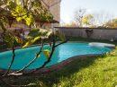 Maison  192 m² 8 pièces