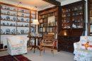 11 pièces  320 m² Maison
