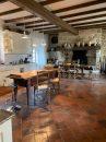 26 pièces Vic-Fezensac  643 m² Maison
