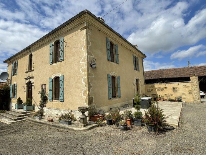 Maison e Maitre for sale France