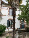 685 m²  13 pièces Maison