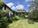 Jolie petite maison de ferme avec gite, dependances, piscine, abri, et 7990 m2 terrain