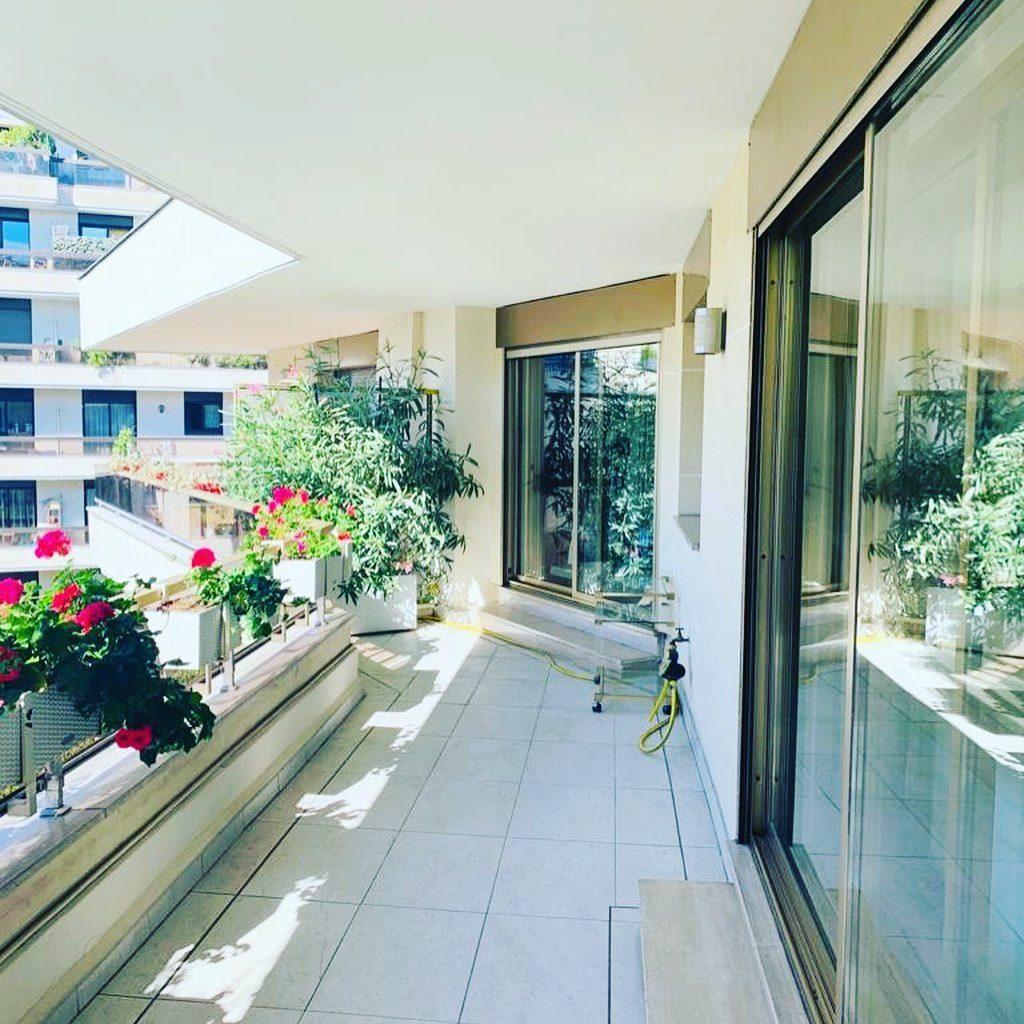 4 pièces 119 m²  Appartement