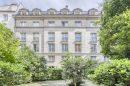 Appartement 109 m² Paris  6 pièces