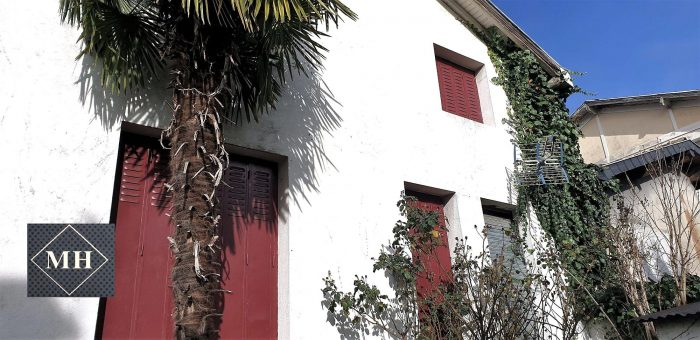 VenteMaison/VillaLOURDES65100Hautes PyrenéesFRANCE