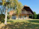 252 m²   Maison 9 pièces