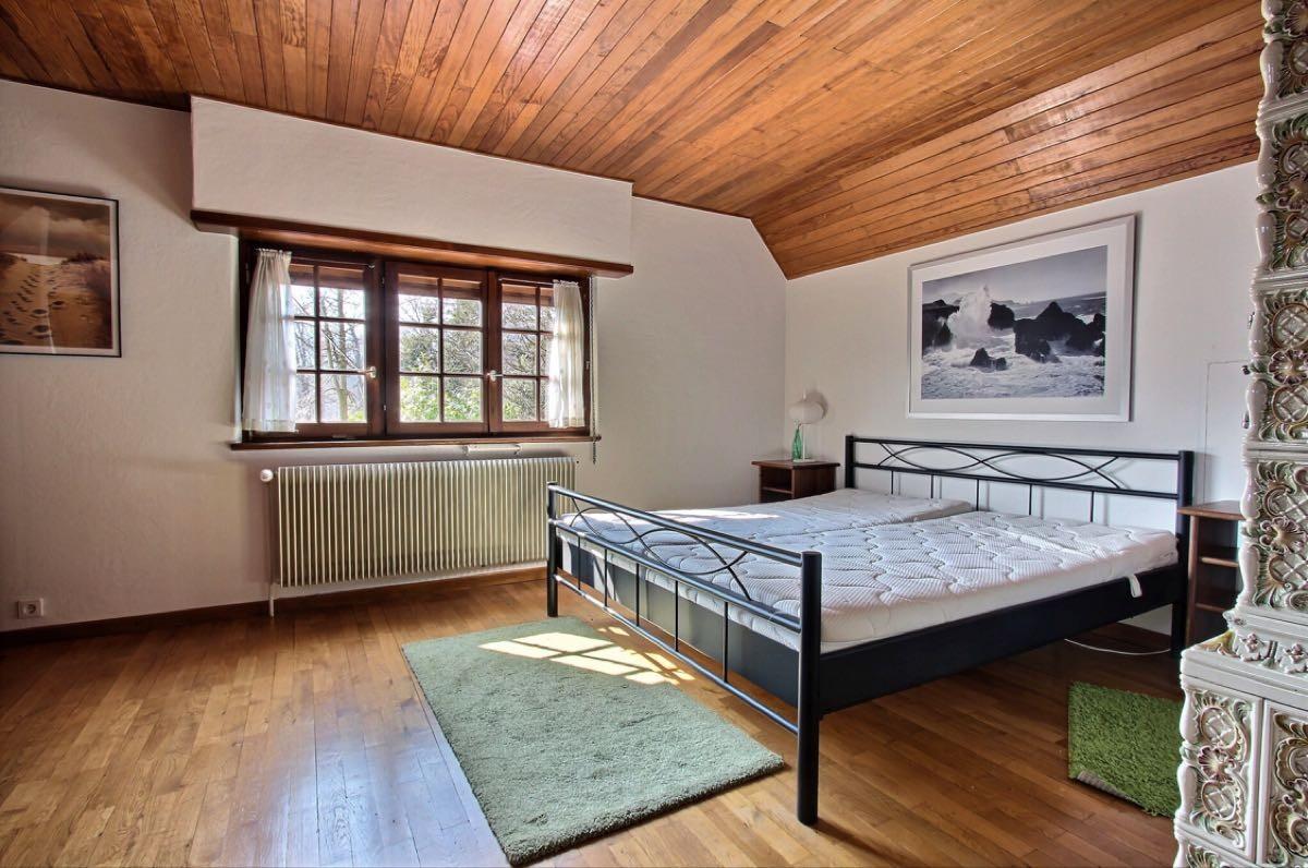 179 m²  Maison 6 pièces