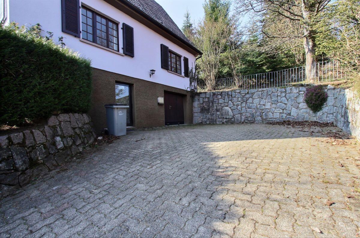 179 m² 6 pièces Maison