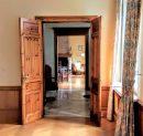 Maison   375 m² 11 pièces