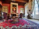 Maison   2700 m² 44 pièces