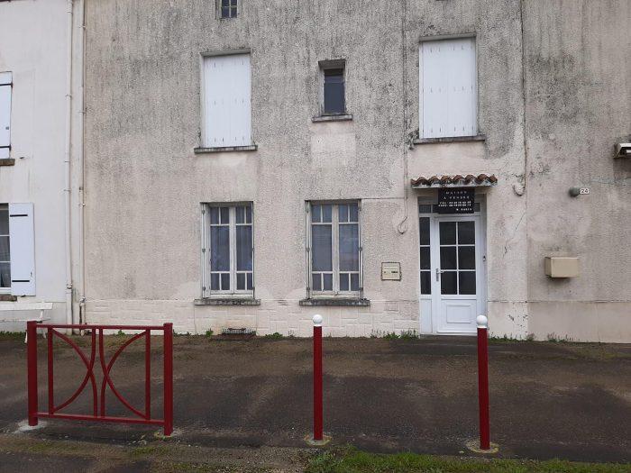 VenteMaison/VillaL ABSIE79240Deux SèvresFRANCE
