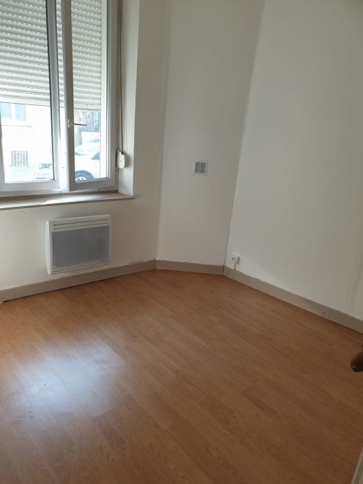 Location annuelle Appartement SAINT-QUENTIN 02100 Aisne FRANCE
