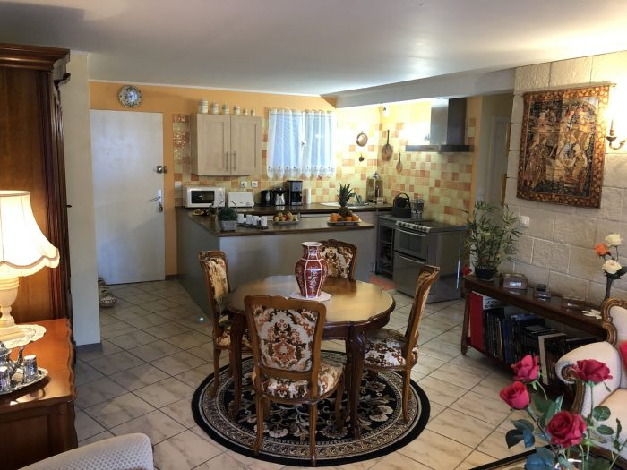 2 pièces Mortagne-sur-Gironde  57 m² Appartement