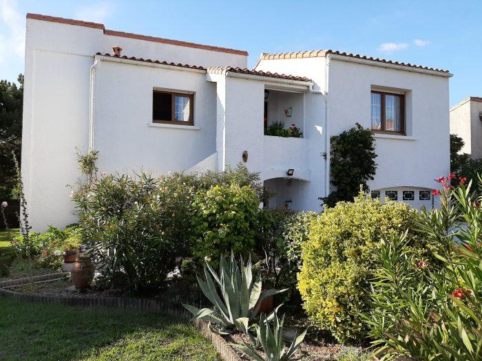 132 m² 5 pièces Royan   Maison