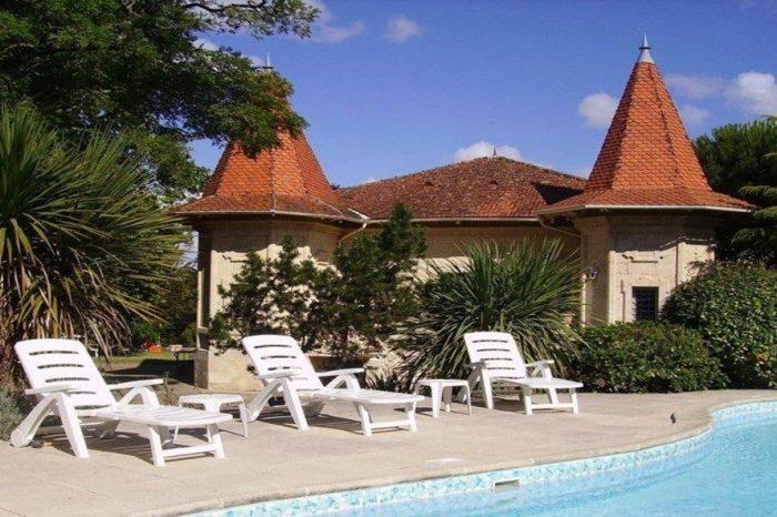 8 pièces  244 m² Meschers-sur-Gironde  Maison
