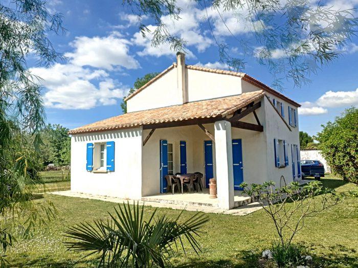 Maison 149 m² Breuillet   7 pièces