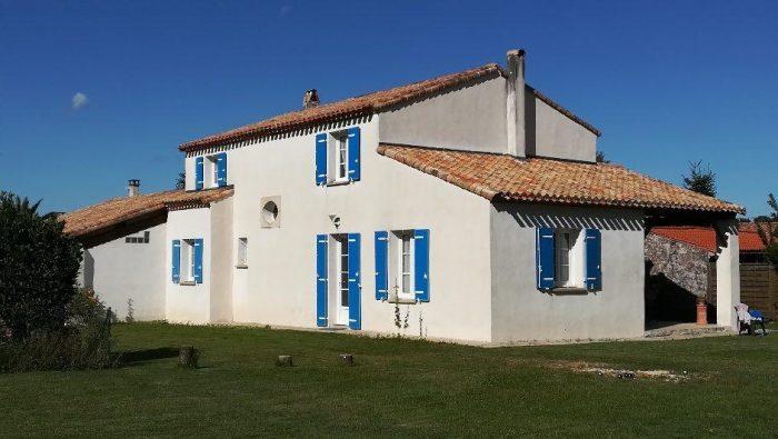 Breuillet  7 rooms 149 m²  House