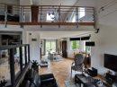 Maison   244 m² 8 pièces