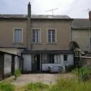 Immeuble  Dangé-Saint-Romain   pièces 90 m²