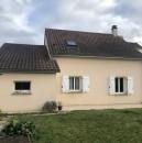 7 pièces  129 m² Dangé-Saint-Romain  Maison