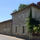 Leigné-sur-Usseau   196 m² 8 pièces Maison
