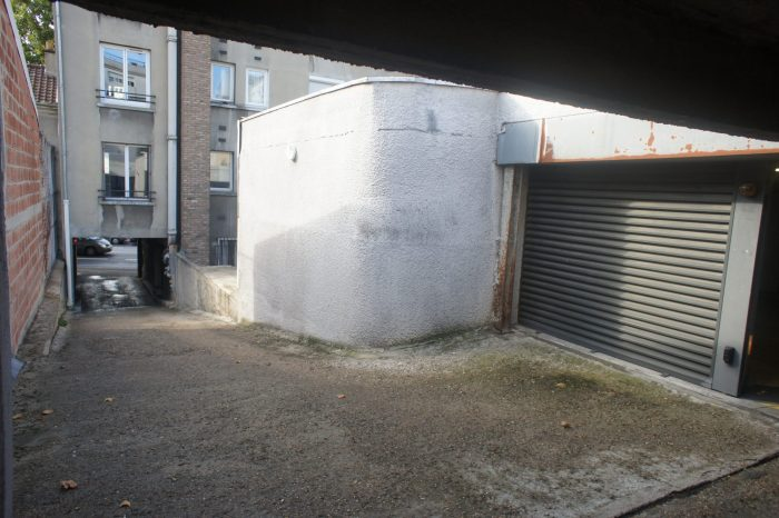 Location annuelleGarage/ParkingMONTROUGE92120Hauts de SeineFRANCE