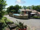 Maison à Cherves sur terrain 4521 m2, piscine, véranda, panneaux solaires