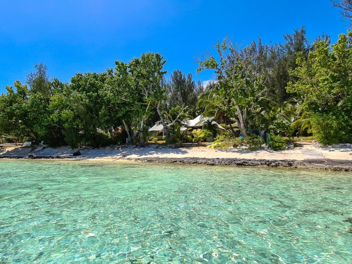 Propriété avec modules sur un îlot à Moorea