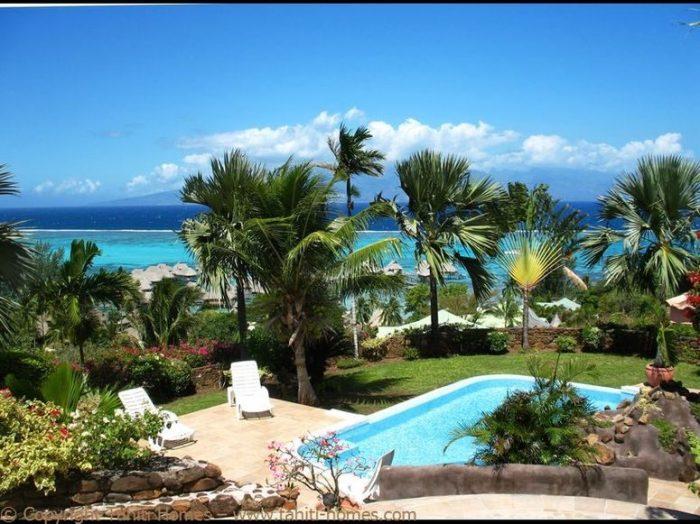 Photo Villa méditerranéenne avec piscine et vue lagon image 6/9