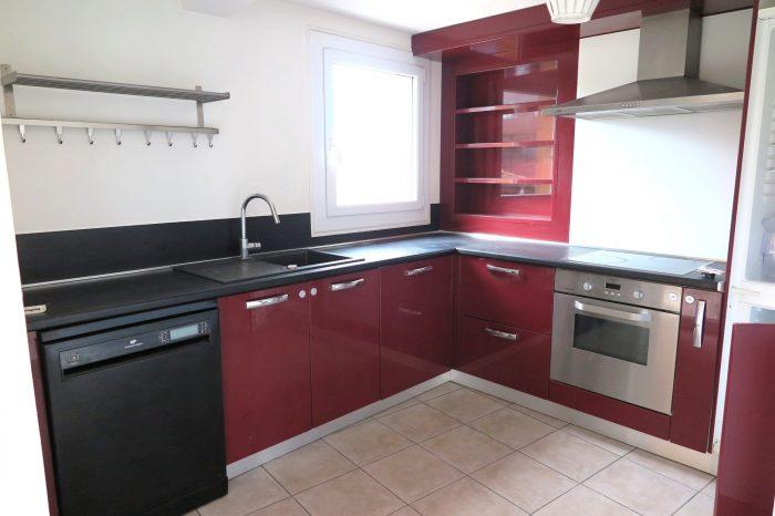 T3 duplex avec terrasse compans caffarelli agence du for Garage marengo toulouse