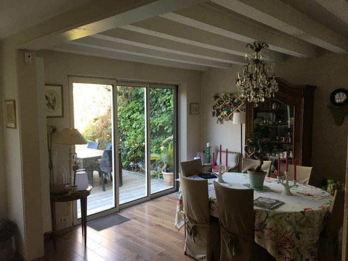 Belle maison de famille & Place Ney - Terre & Patrimoine Immobilier ...
