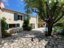 9E VAUFREGE- Villa en R+1 de 140 m² de type 6 avec jardin de 280 m² et piscine + double box et place de parking -