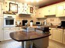 Maison   6 pièces 123 m²