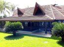 Maison   4 pièces 240 m²