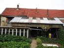 Très grande maison avec atelier et jardin.