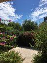Adorable maison de 3 ch et beau jardin (piscine en copro)