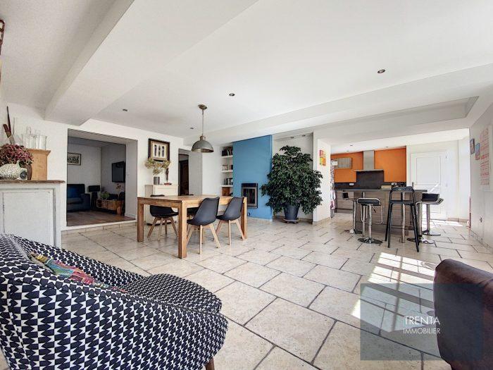 Maison 7 pièces 177 m²