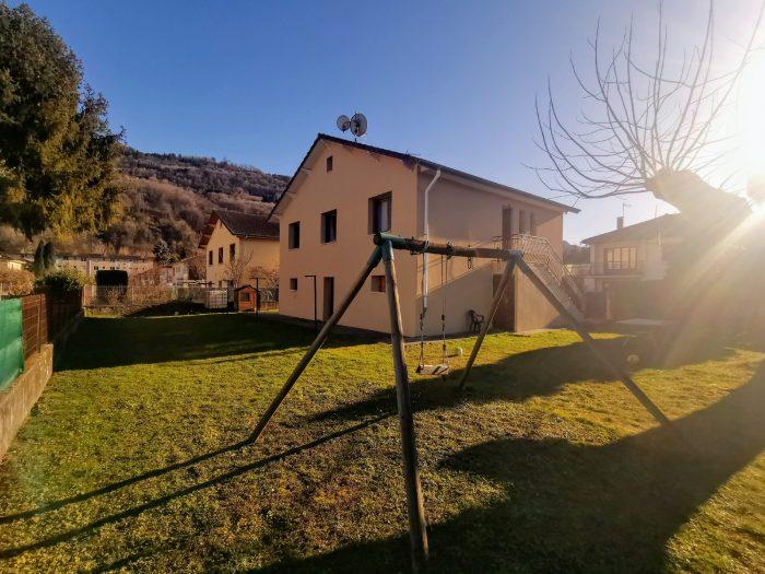 Villa de 6 pièces 120 M² avec 580 M² de terrain