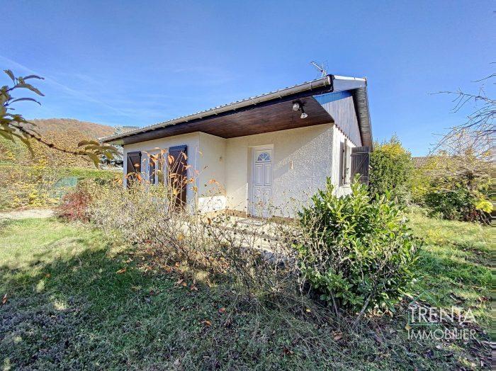 Maison de plain pied avec  350 M2 de terrain