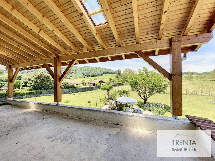 T4 de 140 m² avec 5800 m² de terrain