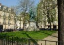 164 m² 6 pièces Paris Secteur 1  Appartement