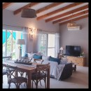 8 pièces   300 m² Maison