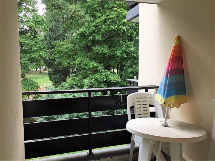 photo de Logement F1 meublé et équipé avec balcon